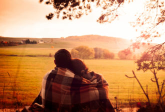Узнай сколько раз в день нужно обниматься