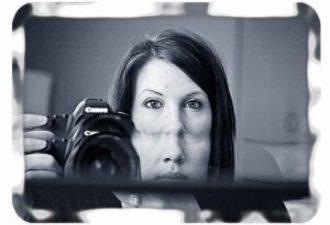 Опасность извне: почему нельзя фотографироваться в зеркале?