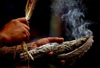 Обряды продевания, очищения в русской магии