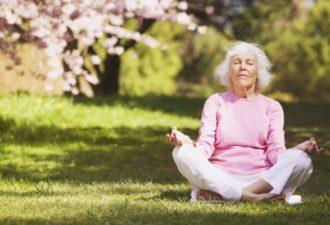 Как дожить до ста лет: советы Аюрведы