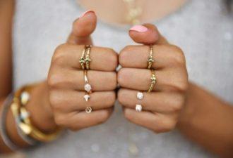 На какой палец надевать кольцо? Корректируем женскую судьбу