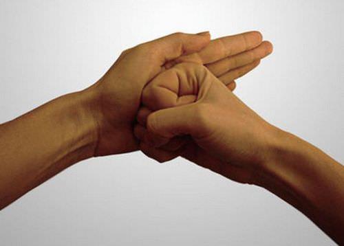 Мудра «Щит Шамбалы»: лучшая защита от негатива, недоброжелателей и завистников