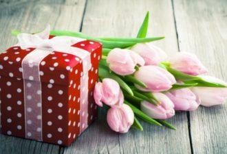 Восьмое марта по фэн-шуй: как выбрать подарок