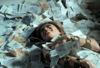 6 самых избалованных знаков зодиака, которые любят тратить на себя деньги