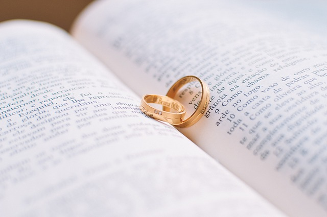 Признаки венца безбрачия у женщин и мужчин