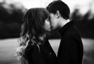 Как знаки Зодиака ведут себя, когда влюбляются?