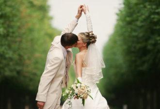 Приметы про свадьбу по месяцам: как выбрать лучшую дату
